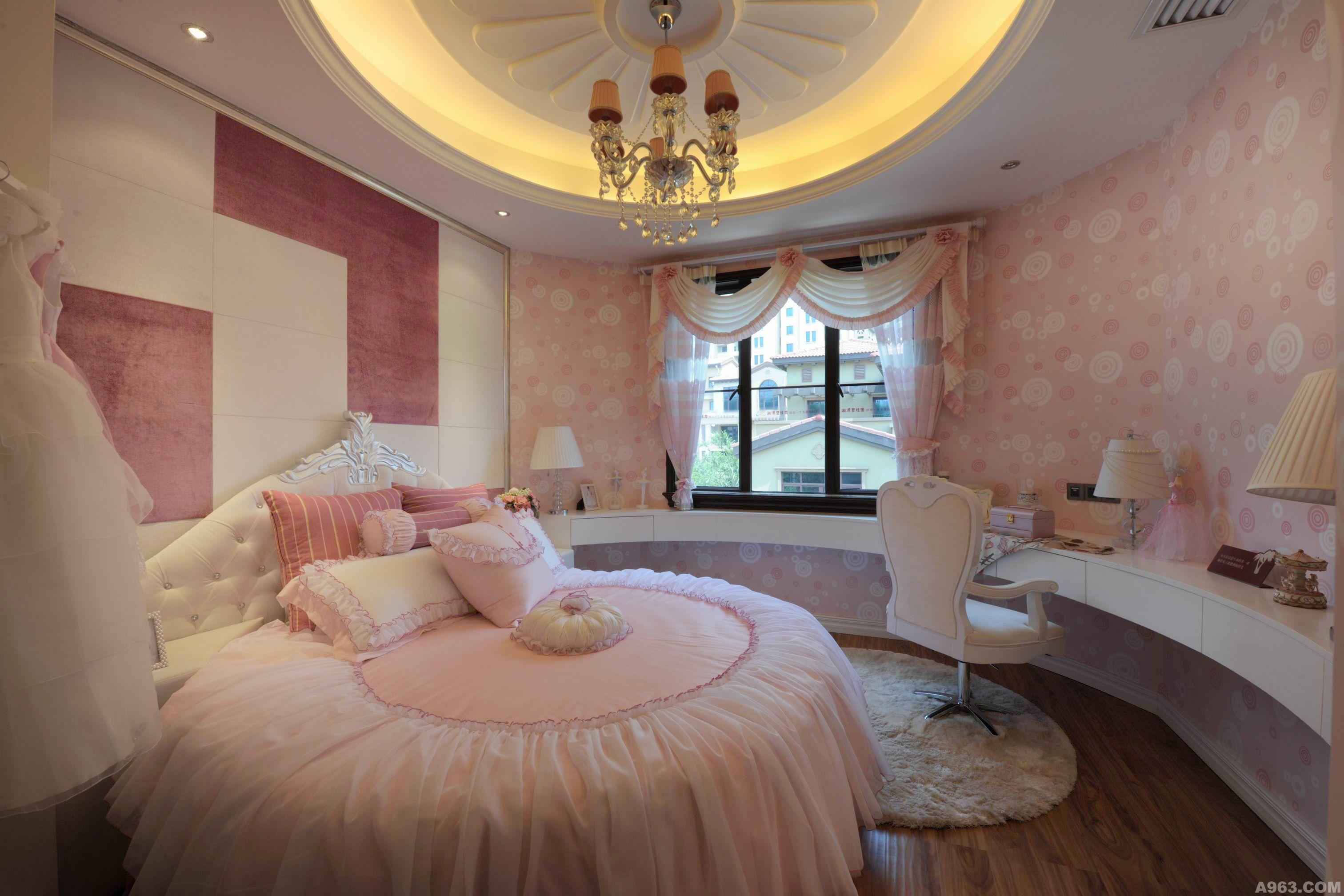 豪华别墅女孩卧室照片